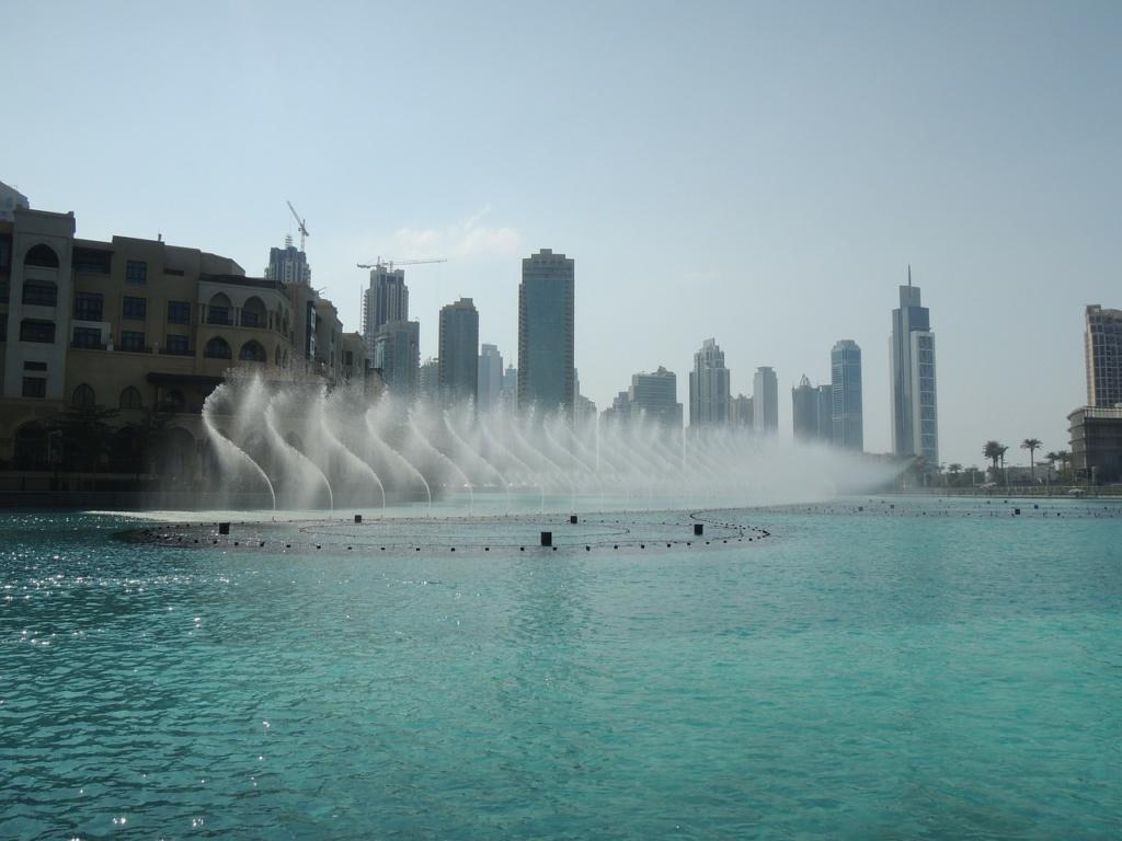 Фонтан в Дубае