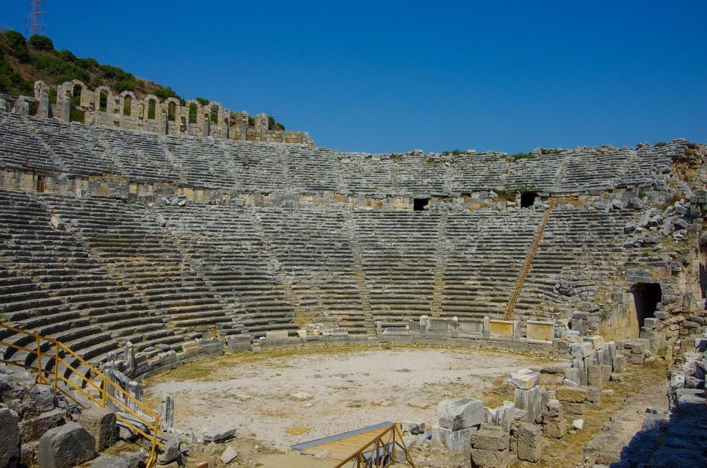Амфитеатр города Перге