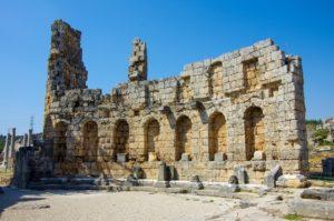 Древний город Перге в Турции
